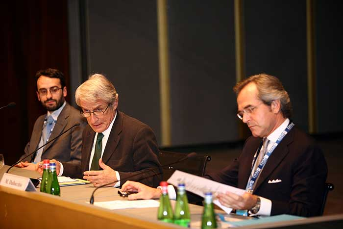 Una Strategia Multilaterale per un Mondo di Pace - Multilateral Strategy for a Peaceful World © Stefano De Grandis