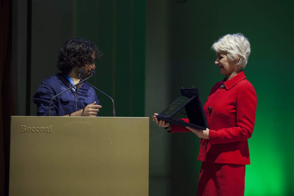 Science for Peace 14/11/14 - Kathleen Kennedy Townsend premia Murad Subay con l'Art for Peace Award